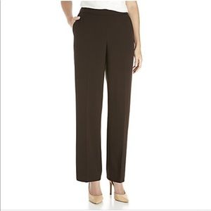 Gently used Kim Rogers pull-on pants 16W